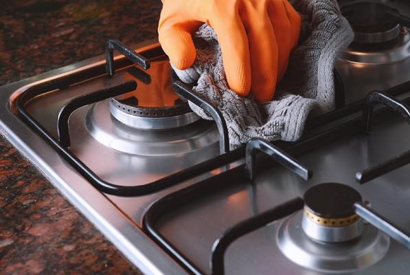 2019 06 FCHP - Your Appliance Cleaning Guide - How to Clean the Stovetop